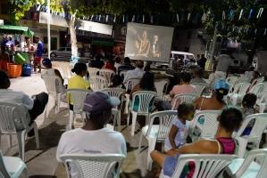 Cinema na Praça - Tubarão-1