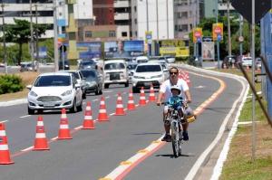 Volta Ciclística - Av. Magalhães Netto-3