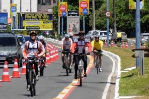 Volta Ciclística - Av. Magalhães Netto-5